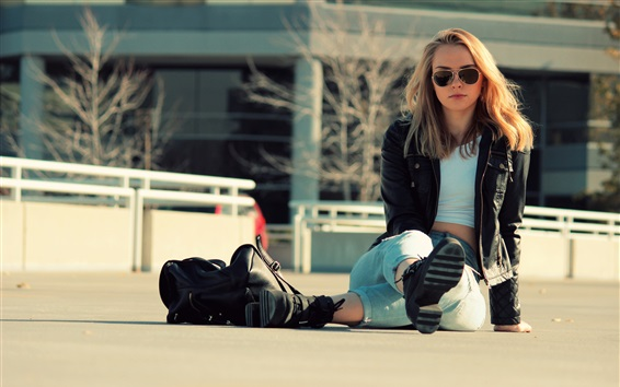 Wallpaper Girl sit on ground, jeans, jacket, sunglasses