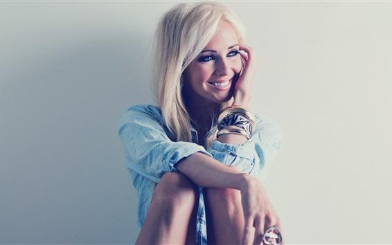 Wallpaper Smile blonde girl, charming