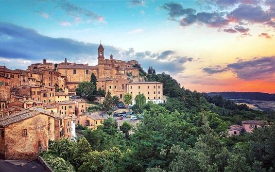Wallpaper Tuscany, Italy, city, houses, trees, dusk