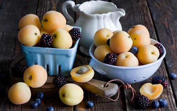 Fondos de pantalla Albaricoques, mora, arándanos, frutas