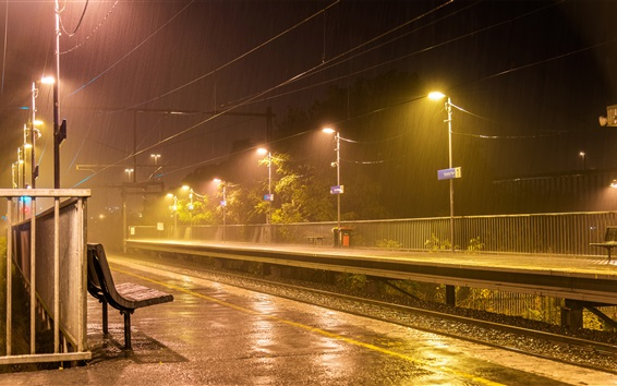 壁紙 オーストラリア、メルボルン、鉄道、ライト、プラットフォーム、雨、夜