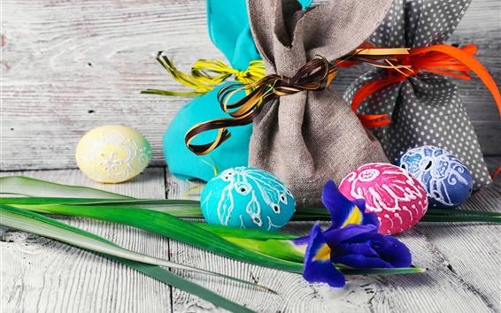 Fond d'écran Pâques, fleur d'iris, oeufs colorés