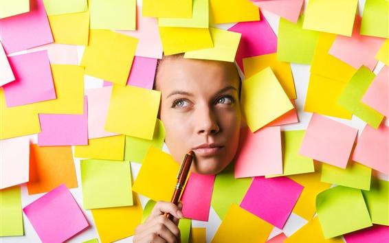 壁紙 紙の部分、女の子の顔、思考、ペン
