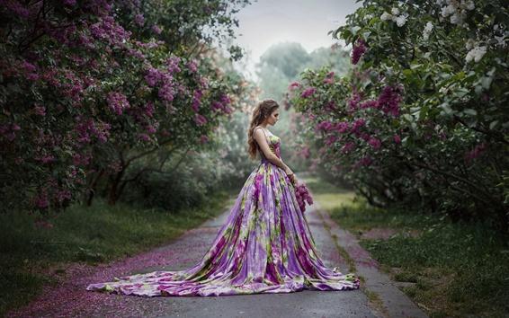 壁紙 紫スカートガール、サイドビュー、花