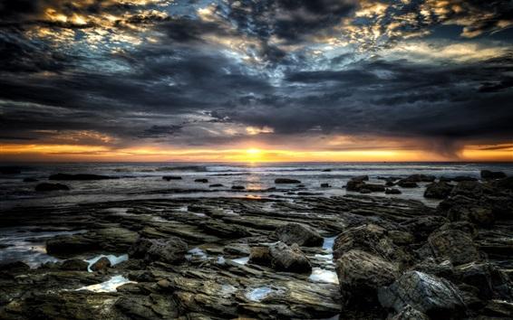 Fondos de pantalla Rocas, mar, puesta del sol, nubes