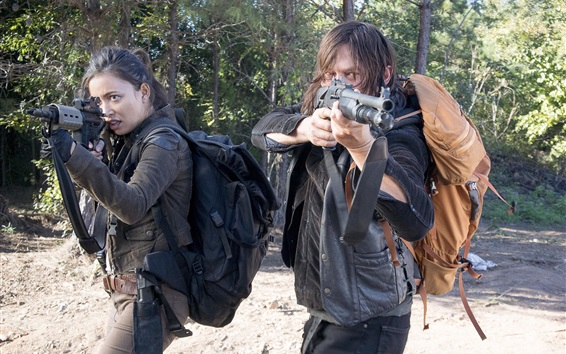 Обои The Walking Dead, две девочки, оружие