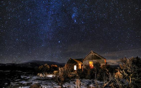 Papéis de Parede Noite, estrelas, cabana, árvores