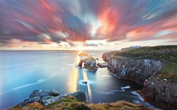 Fond d'écran Mer, nuages, coucher de soleil, rochers, crépuscule