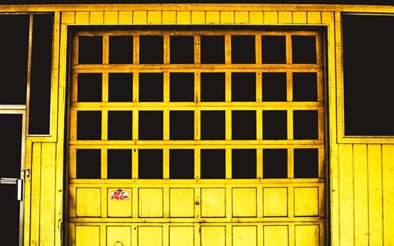 Wallpaper Yellow window
