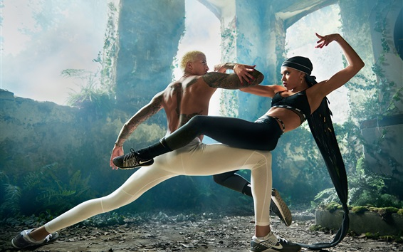 Обои Танцовщица, парень и девушка танцуют