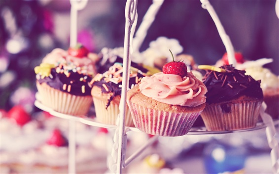 Обои Кексы, пирожные, сливки, клубника, шоколад