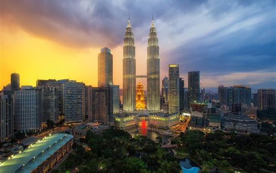 Papéis de Parede Petronas Twin Towers, Kuala Lumpur, Malásia, arranha-céus, noite da cidade