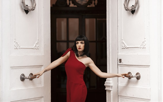 Fondos de pantalla Vestido rojo niña abre la puerta