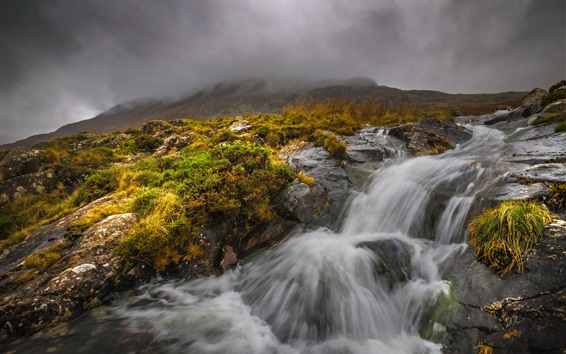 Wallpaper Snowdonia, Wales, stream, fog, clouds, autumn