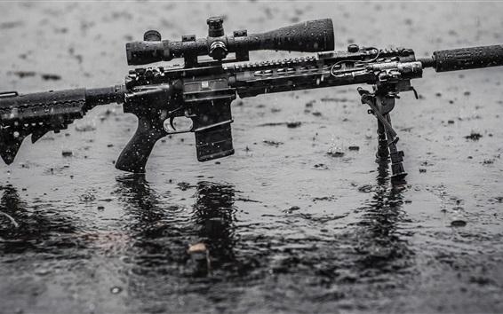 배경 화면 비, 젖은 땅에 폭행 소총