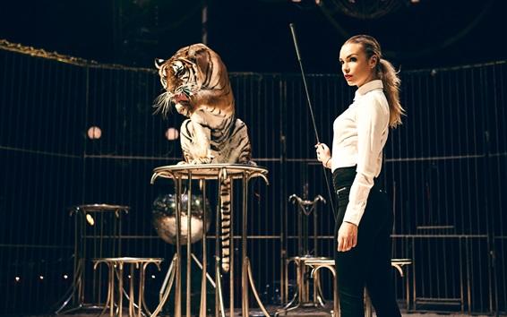 Wallpaper Girl and tiger, taming