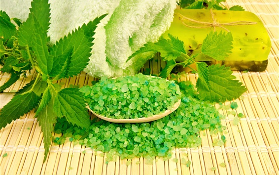 Wallpaper Green soap, green leaves