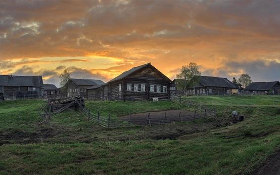 Wallpaper Arkhangelsk oblast, village, houses, grass, clouds, dusk, Russia