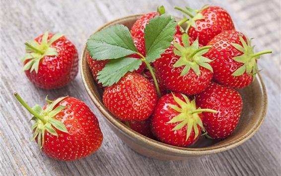 Fondos de pantalla Fresa fresca, tazón de fuente, fruta deliciosa