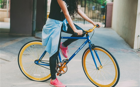 壁紙 少女とバイク