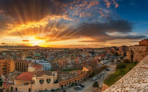 Wallpaper Italy, Cagliari, city, sea, coast, street, sun rays, clouds, dawn