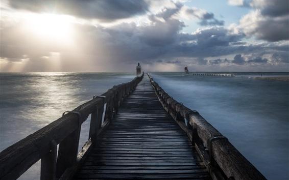 Fond d'écran Pont, phare, mer, matin, nuages
