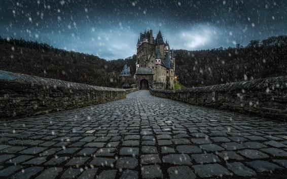 Обои Burg Eltz, Германия, дорога, снег, зима, сумерки