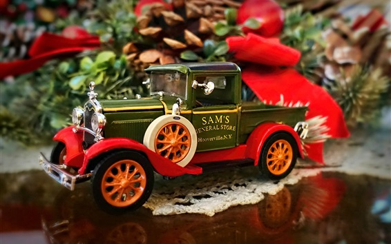Wallpaper Christmas decoration, toy truck model