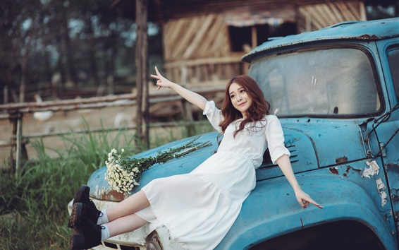 Wallpaper Happy Asian girl, white skirt, broken car
