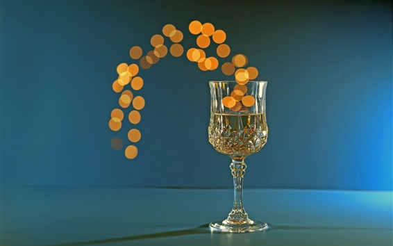 Wallpaper One glass cup of champagne, bright circles