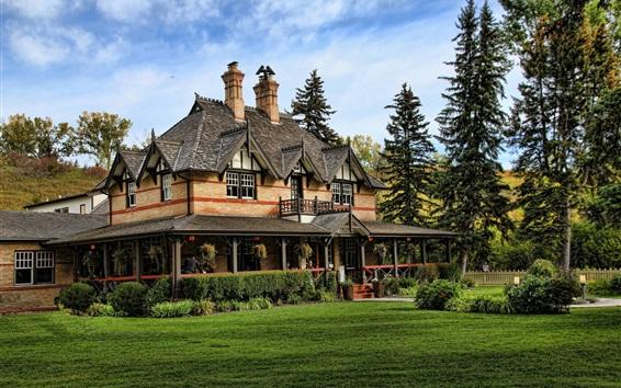 Обои Вилла, дом, деревья, газон
