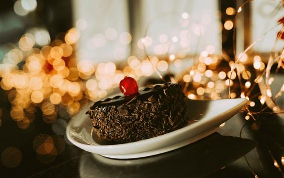 Fond d'écran Un morceau de gâteau au chocolat, dessert, cerise
