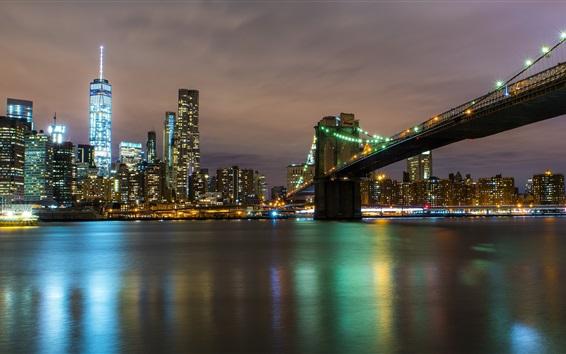 Fondos de pantalla Noche de la ciudad, río, puente, rascacielos, luces