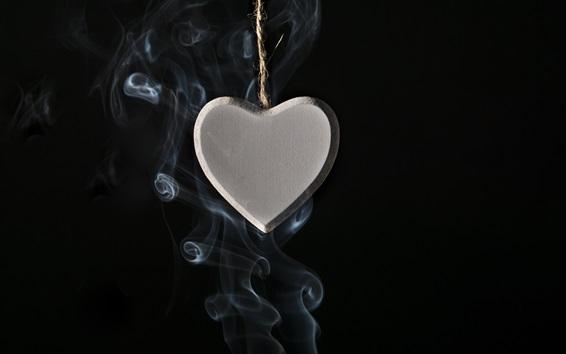 壁紙 愛の心のペンダント、煙、黒の背景
