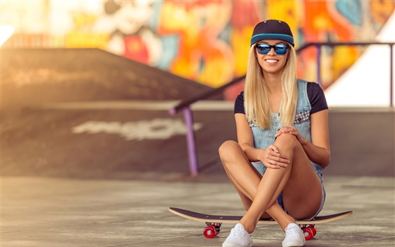 Wallpaper Smile blonde girl, sunglasses, skateboard