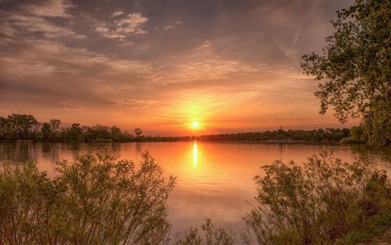 Обои Закат, озеро, деревья, кусты