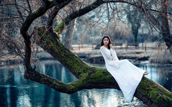 Wallpaper White skirt girl, tree, moss, pond