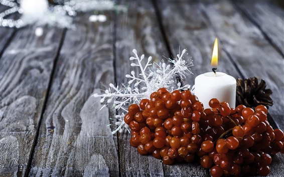 Wallpaper Berries, white candle, flame