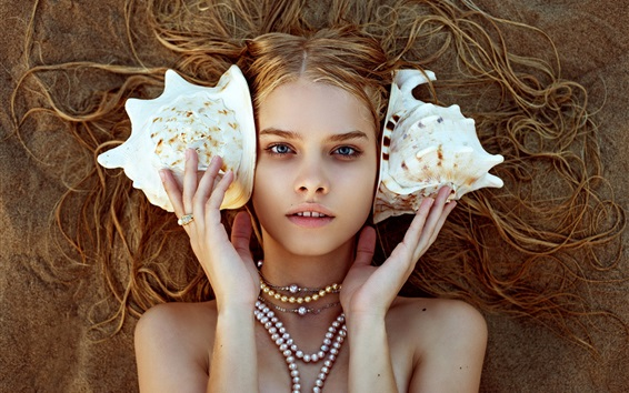 Wallpaper Blonde girl, seashell