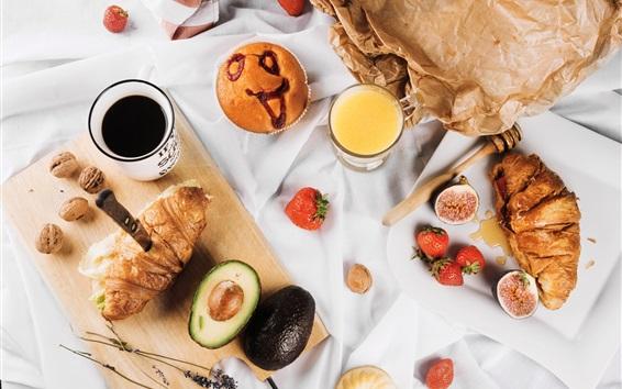 Обои Завтрак, круассаны, соки, кофе, инжир, апельсин, клубника