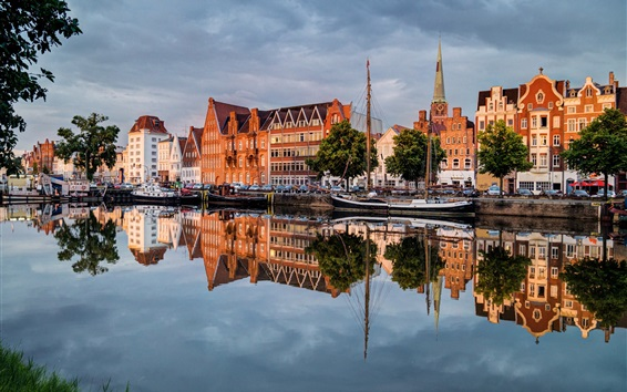 Wallpaper Germany, Lubeck, beautiful city, river, cars, houses