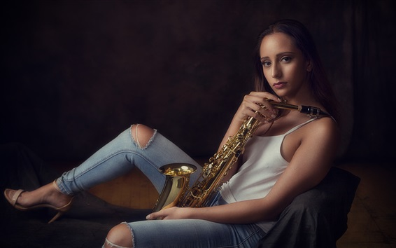 Wallpaper Girl, saxophone, music theme