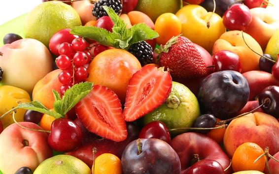 Обои Много фруктов, ягод, сливы, персика, вишни, лимона