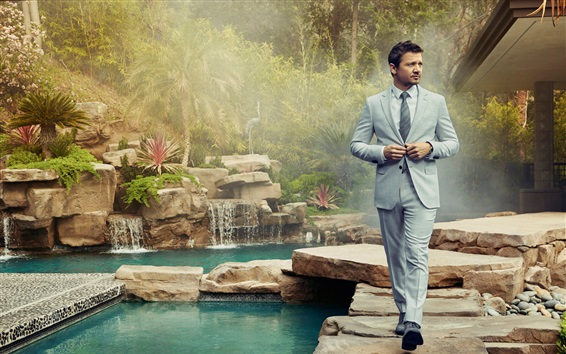 Wallpaper Robb Report, Jeremy Renner