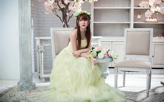Fond d'écran Belle fille asiatique, chaises, fleurs