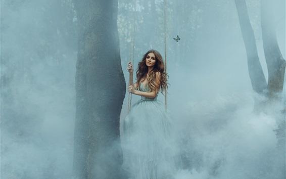 Обои Девочка играет качели в лесу, туман, бабочка