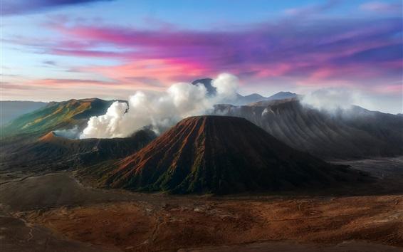 Fond d'écran Java, Indonésie, montagnes, volcan, fumée