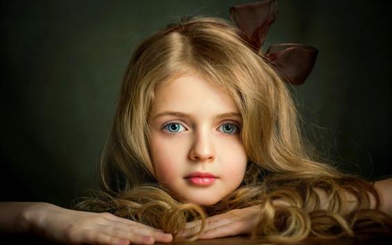 Wallpaper Lovely blonde little girl, face