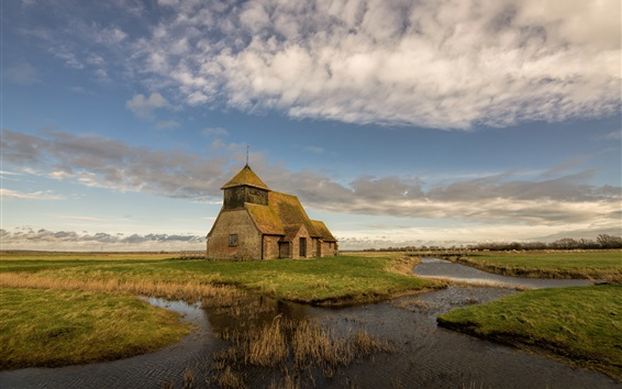 Fondos de pantalla Romney Marsh, Inglaterra, iglesia, río, hierba, nubes, cielo