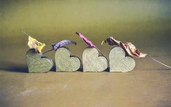 Fond d'écran Coeurs d'amour en bois, feuilles